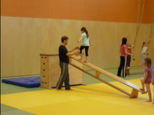 Koordiniertes Bewegung für Kinder von 3 bis 5 Jahren