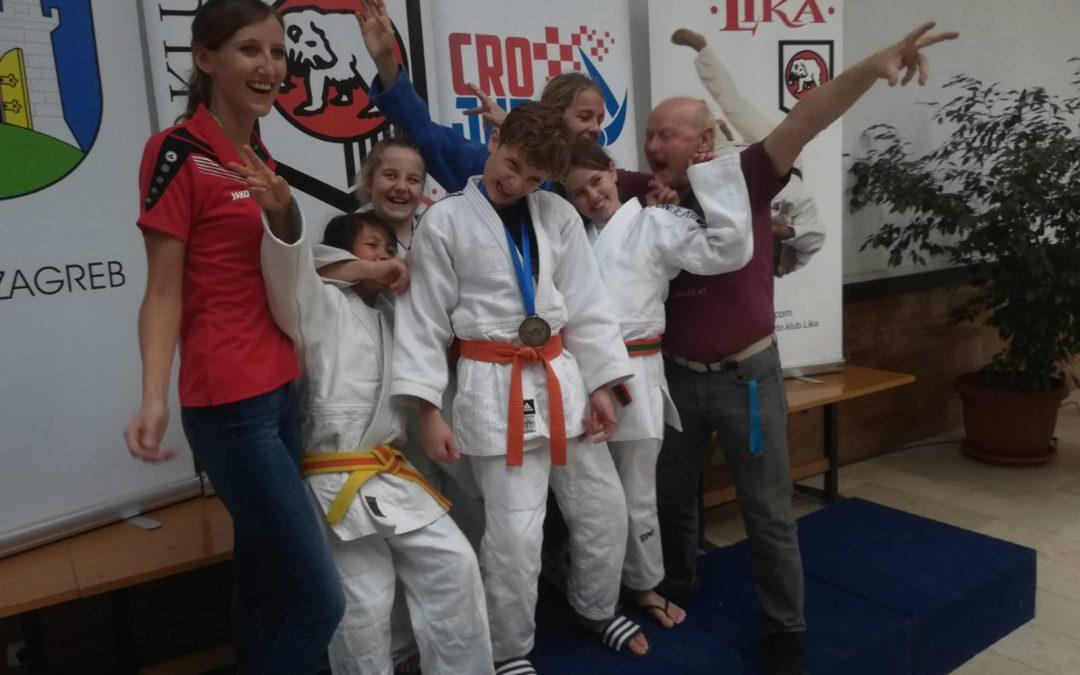 Erfolgreicher Jahresabschluss für unseren Nachwuchs in Zagreb und Triest – Turniersiege für Felipe und Samuel