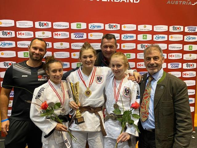 Lisa ist Staatsmeisterin 2021, Kathi holt Silber und Verena Bronze